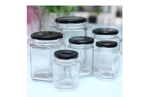 玻璃瓶能放在微波炉加热吗?压制玻璃杯和机制玻璃瓶工艺区别